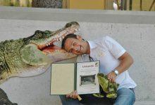 Gerald Grosz übernahm eine Tierpatenschaft für ein Krokodil im Tierpark Schönbrunn