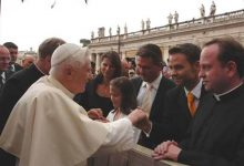 Gerald Grosz im Rahmen einer Audienz bei Seiner Heiligkeit Papst Benedikt XVI.