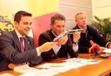Die Koralmbahn wird gebaut: Gerald Grosz mit Kärntens LH Dr. Jörg Haider und Gerhard Dörfler