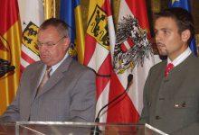 Im Vizekanzleramt: Pressekonferenz mit VK Bundesminister Herbert Haupt und seinem Pressesprecher Gerald Grosz