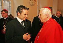Gerald Grosz im Gespräch mit dem Dekan des Kardinalskollegiums Joseph Kardinal Ratzinger in Wien